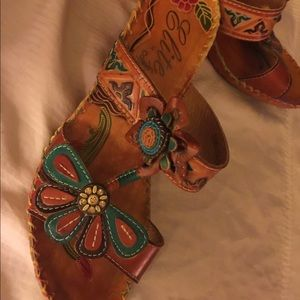 Shoes - Beautiful imported Sandals